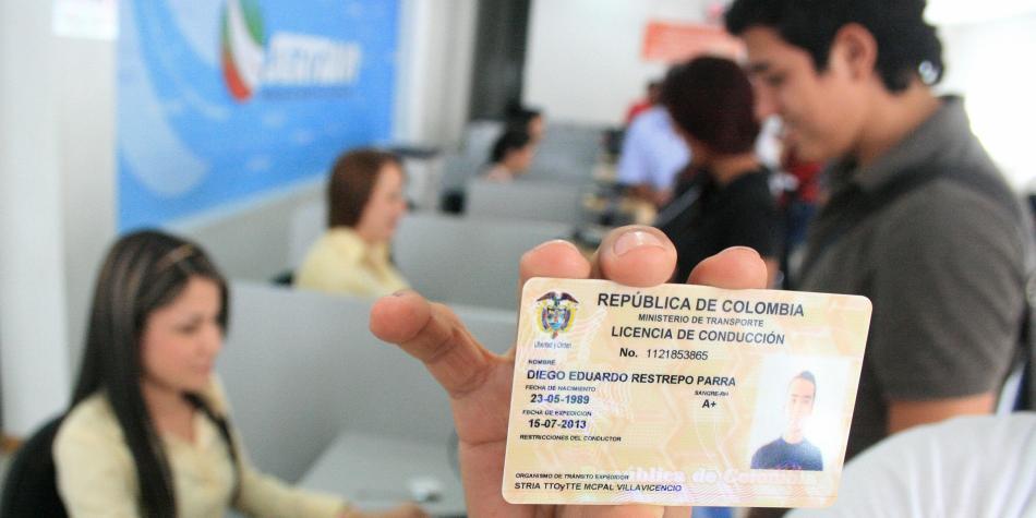 Anuncian nuevos requisitos para obtener licencia de conducción